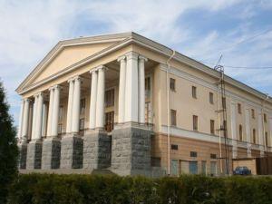 Киса, а вы рисовать умеете: Волгоградский музтеатр представит мюзикл «12 стульев»