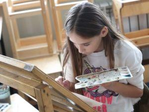 Юные волгоградские художники покажут картины о Крыме