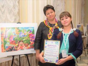 10-летнюю школьницу из Дубовки назвали одной из лучших юных художниц России